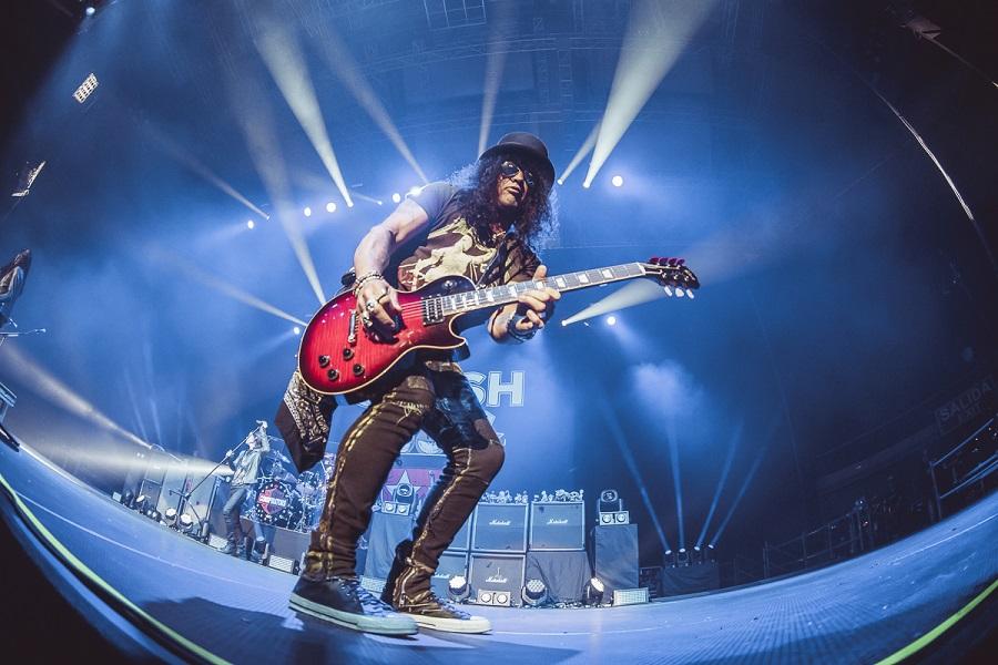 Slash muestra un teaser de un nuevo tema de Guns N' Roses
