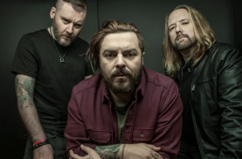 Seether lanzan vídeo musical de 'Bruised And Bloodied'